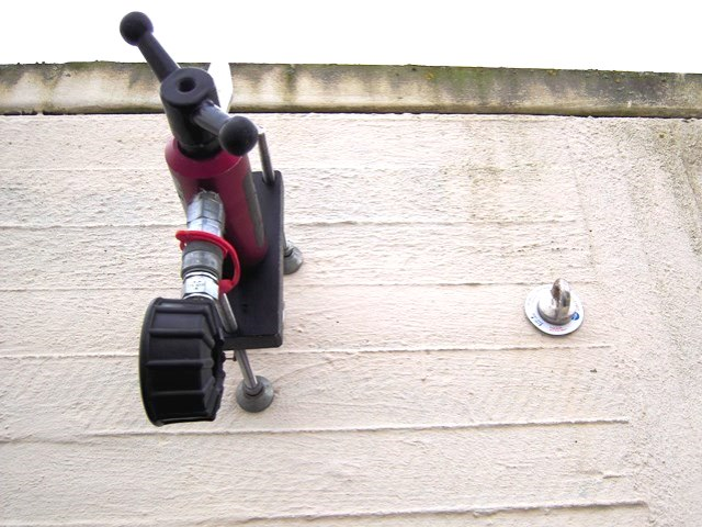 Safety eyebolts and abseil anchors inspections