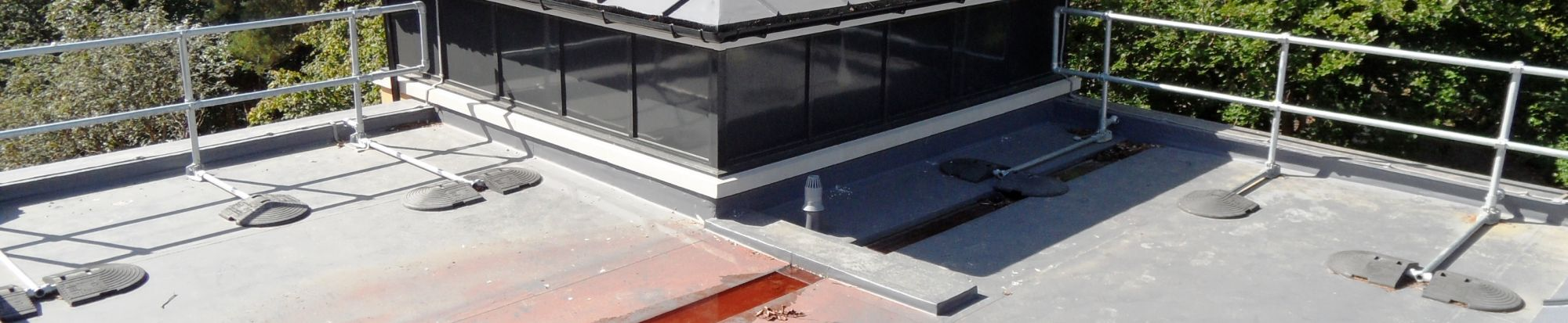 Guardrails & Roof Edge Fall Protection
